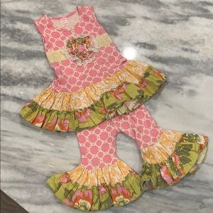 Giggle moon two piece ruffled print outfit sz 24M